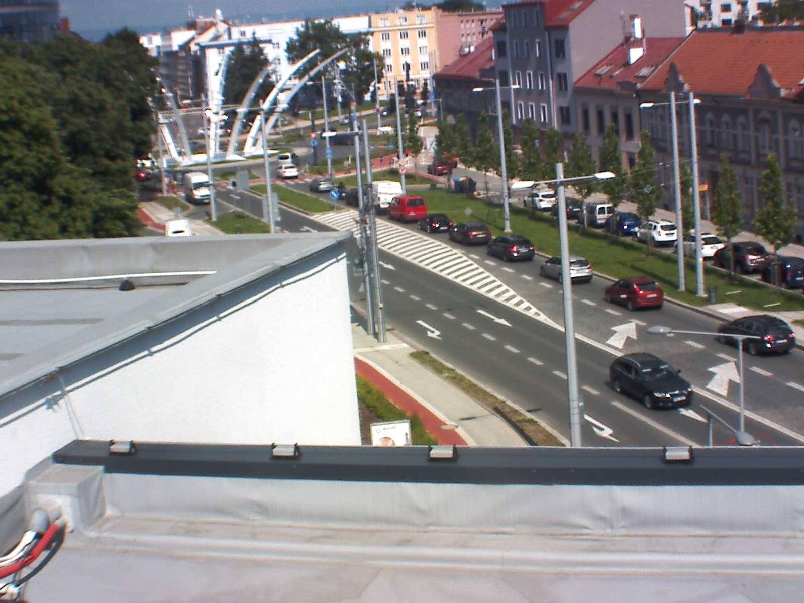 Webová kamera - Koruna - čas 16:00